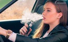 Bukan Hanya Rokok, Vaping Saat Nyetir Juga Berbahaya