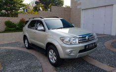 Jual mobil Toyota Fortuner G 2011 murah di DIY Yogyakarta