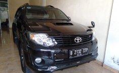 Mobil Toyota Fortuner G TRD 2014 terawat di Bali