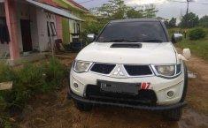Jual cepat Mitsubishi Triton 2011 di Kalimantan Selatan