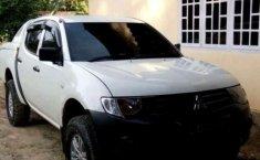 Mobil Mitsubishi Triton 2010 dijual, Lampung