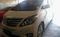 Jawa Tengah, Toyota Alphard 2.4 NA 2013 kondisi terawat