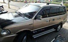 Jual mobil Toyota Kijang LGX 2000 bekas, Banten