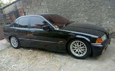 Jual BMW 3 Series 318i 1996 harga murah di DKI Jakarta