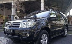 Dijual mobil bekas Toyota Fortuner G, Bali