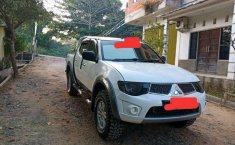 Dijual mobil bekas Mitsubishi Triton , Kalimantan Selatan
