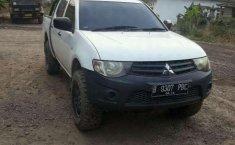 Mobil Mitsubishi Triton 2013 dijual, Lampung