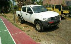 Jawa Barat, Mitsubishi Triton HD-X 2014 kondisi terawat