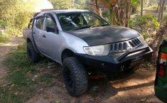 Jawa Timur, Mitsubishi Triton 2008 kondisi terawat