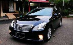 Jual mobil bekas murah Toyota Crown Royal Saloon 2011 di Banten