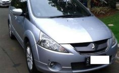 Jual mobil Mitsubishi Grandis GT 2010 bekas, Banten