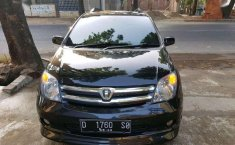 Jawa Barat, Toyota IST 2005 kondisi terawat