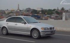 Review BMW 325i 2001: Desain Cantik Khas Mobil Eropa