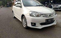 Jawa Barat, Toyota Etios 2013 kondisi terawat