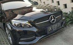 Bali, Mercedes-Benz C-Class C200 2014 kondisi terawat