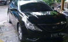 Mobil Hyundai Sonata 2012 terbaik di Sumatra Barat