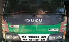 Mobil Isuzu Elf 2010 2.8 Minibus Diesel dijual, Jawa Timur