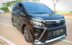 Jual mobil Toyota Voxy 2018 bekas, Banten