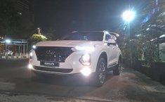 Hyundai Santa Fe CRDi VGT 2.2 Automatic 2019 terbaik di DKI Jakarta