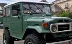 Mobil Toyota Hardtop 1973 terbaik di Sumatra Selatan