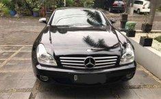 Jual mobil Mercedes-Benz CLS CLS 350 2005 bekas, Jawa Barat