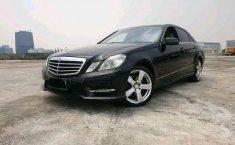 DKI Jakarta, Mercedes-Benz E-Class E250 2013 kondisi terawat