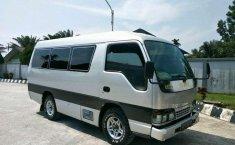 Jual cepat Isuzu Elf 2.8 Minibus Diesel 2008 di Riau