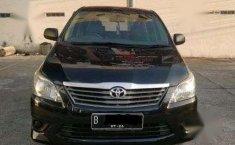 Dijual mobil bekas Toyota Kijang Innova J, Kalimantan Timur