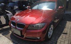 Mobil BMW 3 Series 320i 2012 dijual, Jawa Barat