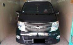 Jawa Timur, jual mobil Nissan Elgrand 2010 dengan harga terjangkau