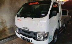 Mobil Isuzu Traga 2019 terbaik di DIY Yogyakarta