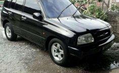 Mobil Suzuki Escudo 2004 JLX terbaik di Sumatra Utara