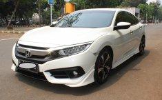 Mobil Honda Civic ES Prestige 2016 terawat di DKI Jakarta