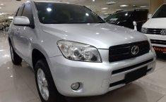 Jual mobil Toyota RAV4 2006 dengan harga murah di DKI Jakarta