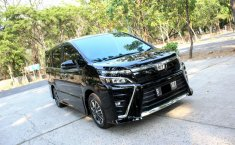 Jual mobil Toyota Voxy 2.0 2018 bekas di DKI Jakarta