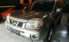 Jual Nissan X-Trail 2.0 2005 mobil bekas di DIY Yogyakarta