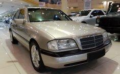 Jual cepat Mercedes-Benz C-Class C200 1997 di DKI Jakarta