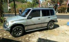 Dijual mobil bekas Suzuki Sidekick 1.6, Jawa Timur