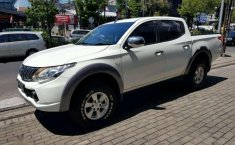 Mitsubishi Triton 2016 Jawa Timur dijual dengan harga termurah