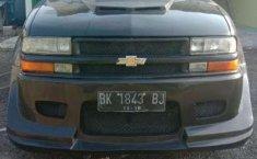 Mobil Opel Blazer 2000 terbaik di Sumatra Utara