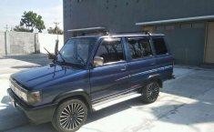 Mobil Toyota Kijang 1996 LGX terbaik di Jawa Barat