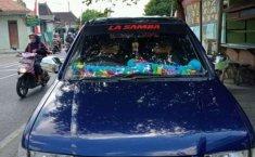 Jual mobil bekas murah Isuzu Panther LV 2002 di Jawa Tengah