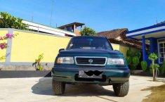 Jual Suzuki Escudo JLX 1996 harga murah di Jawa Tengah