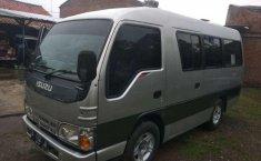 Jawa Barat, Isuzu Elf 2.8 Minibus Diesel 2011 kondisi terawat