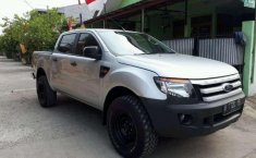 Ford Ranger 2012 Jawa Barat dijual dengan harga termurah