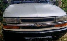 Jual mobil bekas murah Chevrolet Blazer DOHC 2001 di Sumatra Utara