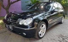 Mobil Mercedes-Benz C-Class 2002 C 180 terbaik di Jawa Timur