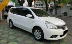 Mobil Nissan Grand Livina SV 2014 terawat di Jawa Timur