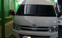 Jual Toyota Hiace High Grade Commuter 2012 harga murah di Jawa Barat