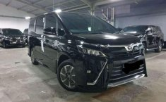 DKI Jakarta, Toyota Voxy 2018 kondisi terawat